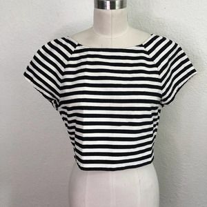 Alice + Olivia Cropped Shirt Black White Stripe